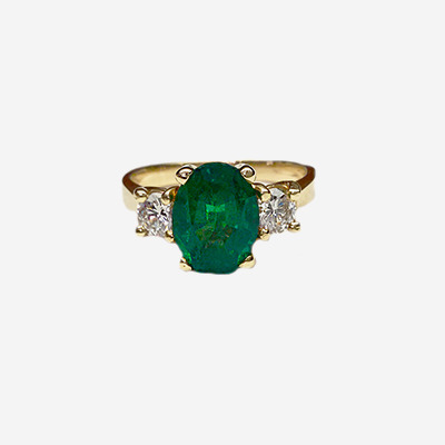 14kt Oval Emerald and Diamond Ring