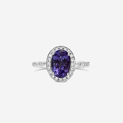 18kt Oval Tanzanite and Diamond Ring