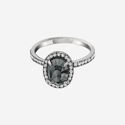 18kt Dark Grey Oval Diamond with Diamond Halo