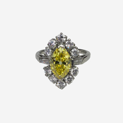 Plat Natural Fancy Vivid Yellow Marquise Diamond Ring