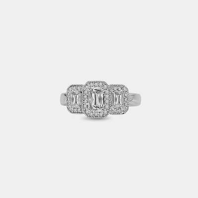 18K Crisscut Diamond Engagement Ring