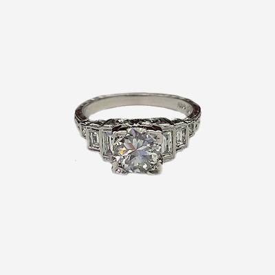 14kt Antique Diamond Ring