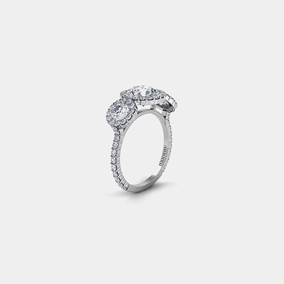 18kt three stones Round Diamond Engagement Ring