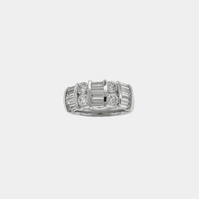 18k White Gold Round & Baguette Diamond Wedding Band