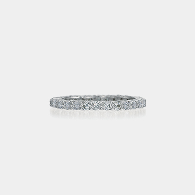 18k White Gold Prong Diamond Wedding Band