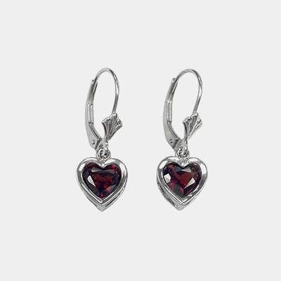 14kt Heart Shaped Garnet Earrings