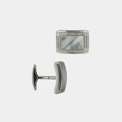 18kt Mother-Of-Pearl and Diamond Cufflinks