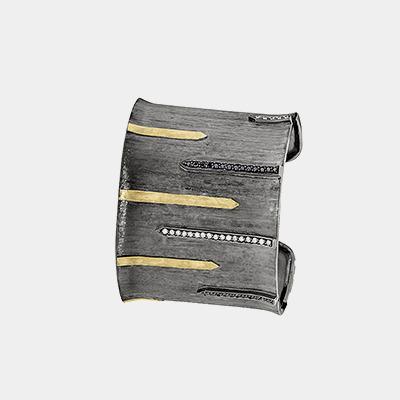 Cuff Bracelet with Diamond stripes
