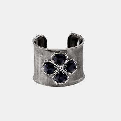 Cuff Bracelet Set With 4 Rose-Cut Onyx