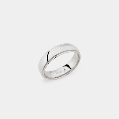 18kt Polished Wedding Ring