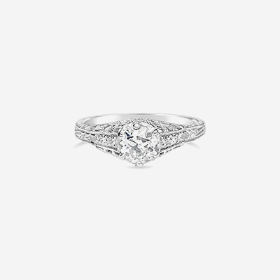 18kt vintage old mine cut diamond engagement ring