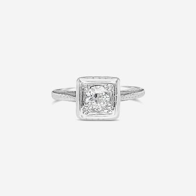 18kt round center antique diamond ring