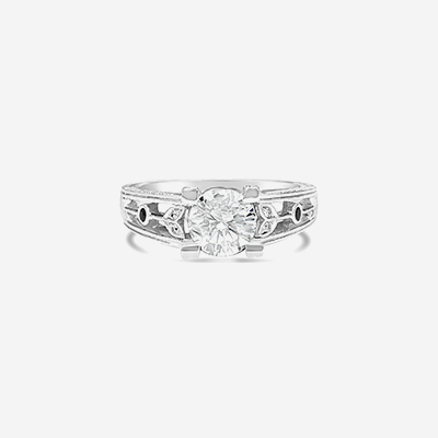 18kt diamond ring with open design