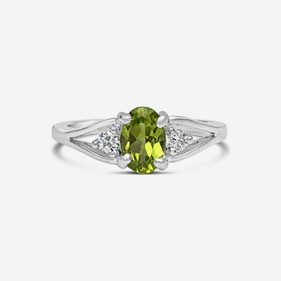 14kt peridot and diamond ring