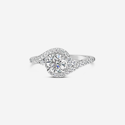 14kt round diamond halo engagement ring
