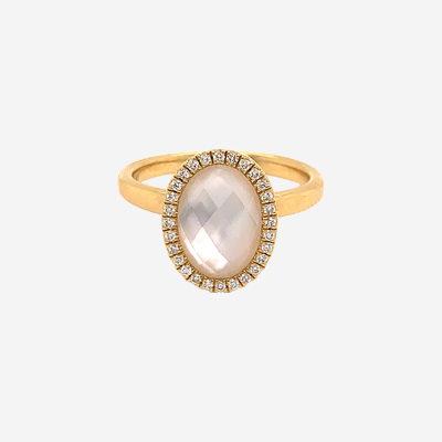 18kt mother of pearl and quartz doublet diamond ring
