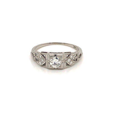 18kt transition cut engagement ring