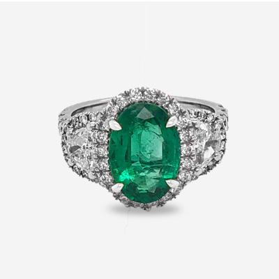 18KT Oval Emerald Diamond Halo Engagement Ring